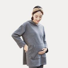轻盈保暖孕妇连帽后开叉卫衣